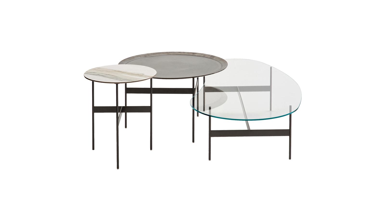 A Formiche asztalokat az egyszerűség és könnyedség jellemzi, így remekül illeszkednek a legkülönfélébb lakberendezési stílusokhoz is. Karcsú lábaik mérete változatos, míg kialakításuk lehetővé teszi a többféle alakú (kerek, ovális) asztallap hordozását, melyek anyaga szintén több verzióból választható.