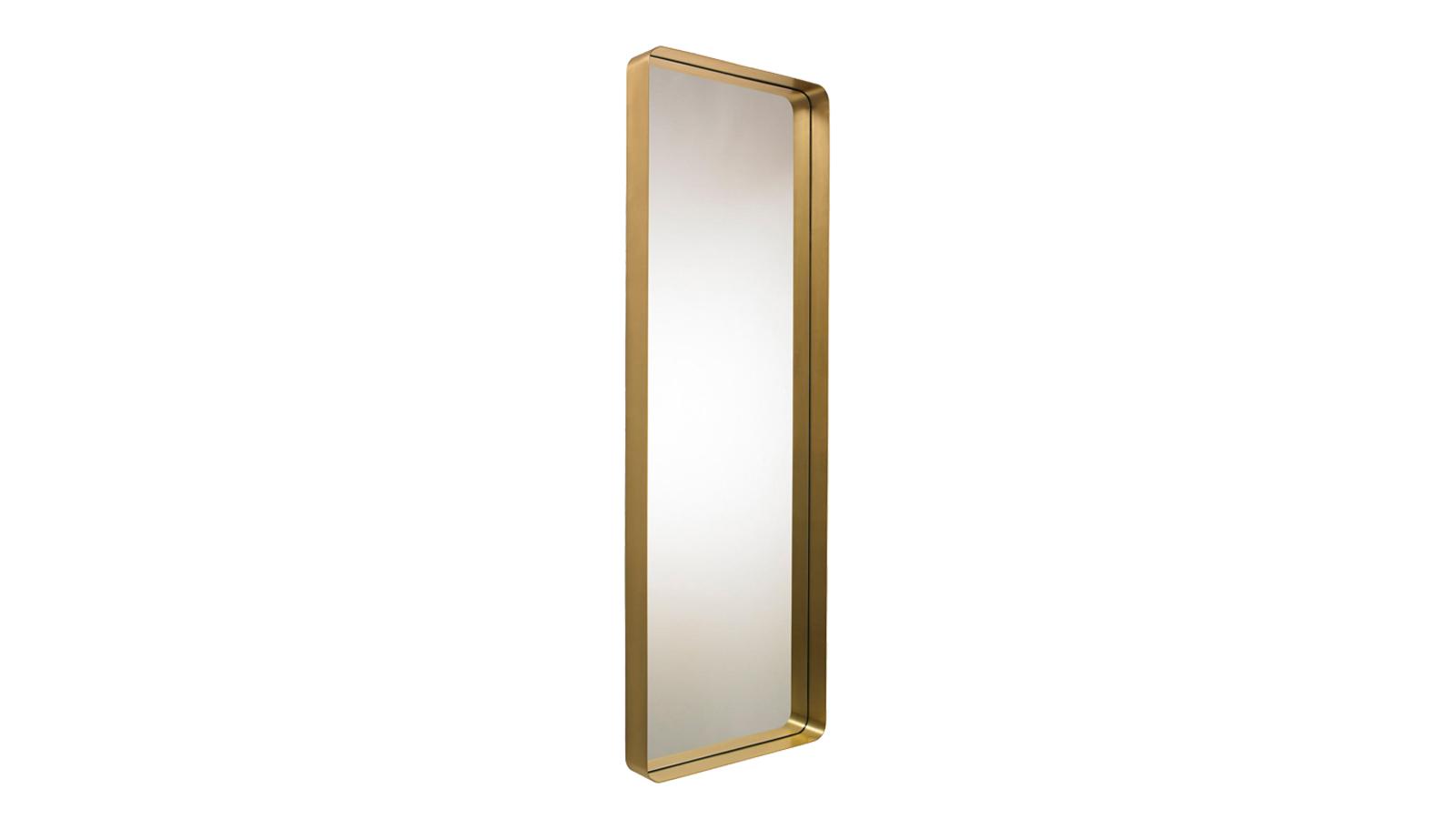 A Cypris tükörsorozat szándékosan az ötvenes évek glamour-ját idézi fel harmonikus íveivel és a fal síkjából kiemelkedő keretével, mely – amennyiben a tükröt a falra szereljük – akár lerakófelületként is funkcionálhat. A tükör több méretben, formában és többféle kerettel elérhető.