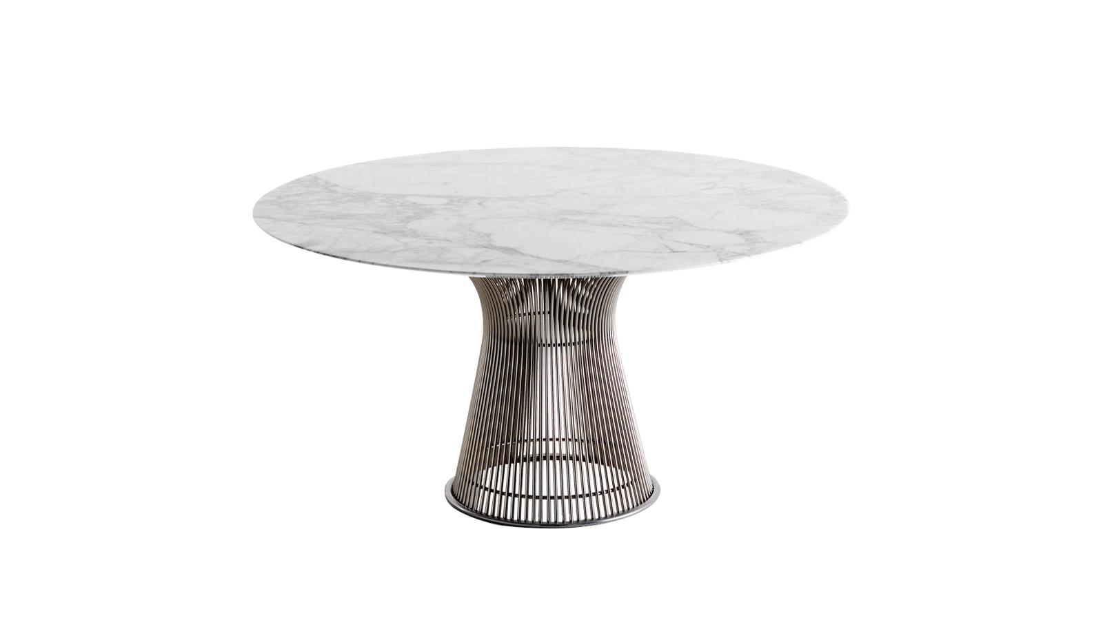 Már 1966-ban megörökítette a Platner kollekció azt a dekoratív, szelíd, kecses formavilágot, amely a modern designnak köszönhetően manapság is oly trendi. A korát megelező bútorok több száz ívelt acélrúdból állnak össze elegáns, finom kompozícióvá. A szépség és kényelem testesül meg a Platner asztalokban, melyeket egyértelműen használatra találtak ki.