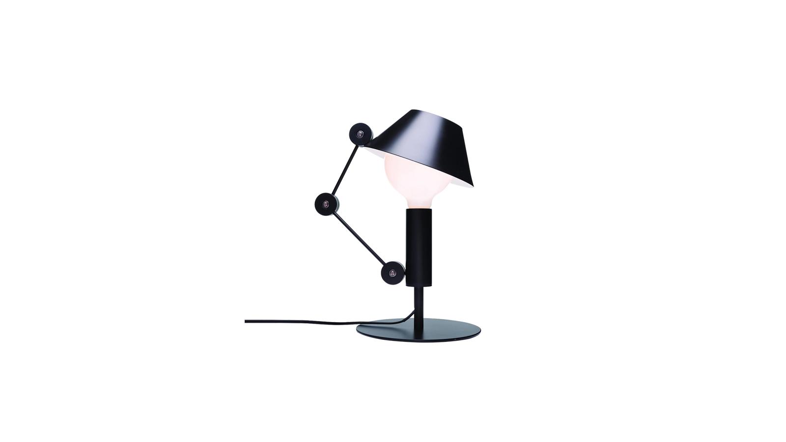 A Nemo Mr. Light lámpája játékos darab: egy klasszikus lámpa minden funkcionális elemét felborítja. A Nemo lámpánál a lámpabúra nem tartja az izzót, valamint az állítható kar sem a talpazatból nyúlik ki. Olyan, mint egy kirakós: össze kell rakni, melyik része mihez tartozik. Az izzó fölé nyúló búra elfedi a fényt, ezáltal egy visszafogott, szórt fény jön létre. A szokatlan megoldásokból felépült lámpa egészen biztosan megragadja a szoba látogatóinak figyelmét!