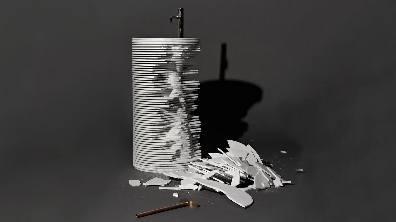 Az Introverso egy optikai csalódás, egy könnyed játék, mely egyszerre állítja ellentétbe a könnyű és nehéz, a kint és bent, valamint a negatív és pozitív fogalmait. Az egyetlen tömb Carrara-i márványból kialakított tárgyat vízszintes vágások darabolják fel, mely által az nemcsak masszivitását veszíti el, de feltárja igazi lelkét, lényegét is: a mosdókagyló valódi formáját.