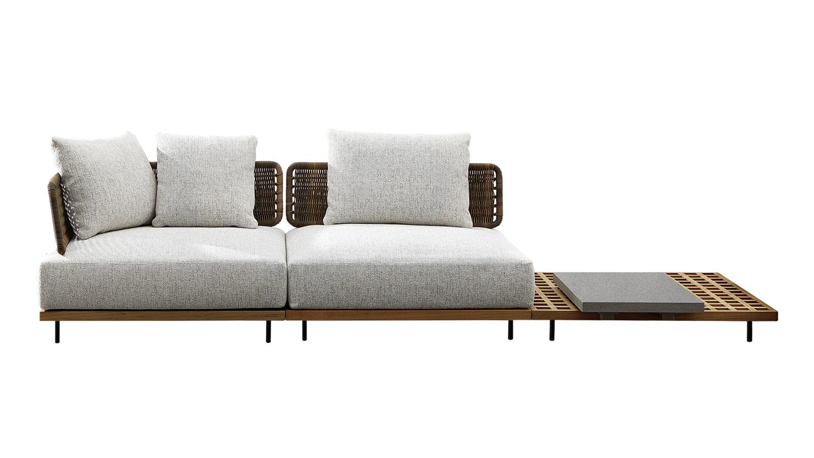 A Minotti kültéri kollekciójának tervezésekor Marcio Kogan a klasszikus, indiai tölgyből készült hajópallókat hívta inspirációul: a bútor alapját képező rácsos struktúra a víz hatékony elvezetését szolgálja, a Quadrado bútorai így nem csak stílusosak, de rendkívül praktikusak is. A Quadrado két színben is elérhető, kényelmes ülőpárnáit a letisztult formavilághoz illeszkedő támlák keretezik. A sorozathoz tartozó kanapét az ülőelemek és a praktikus rakodófelületek izgalmas váltakozása jellemzi – így egyesül a Quadrado bútoraiban a kortárs kényelem és a funkcionalitás.