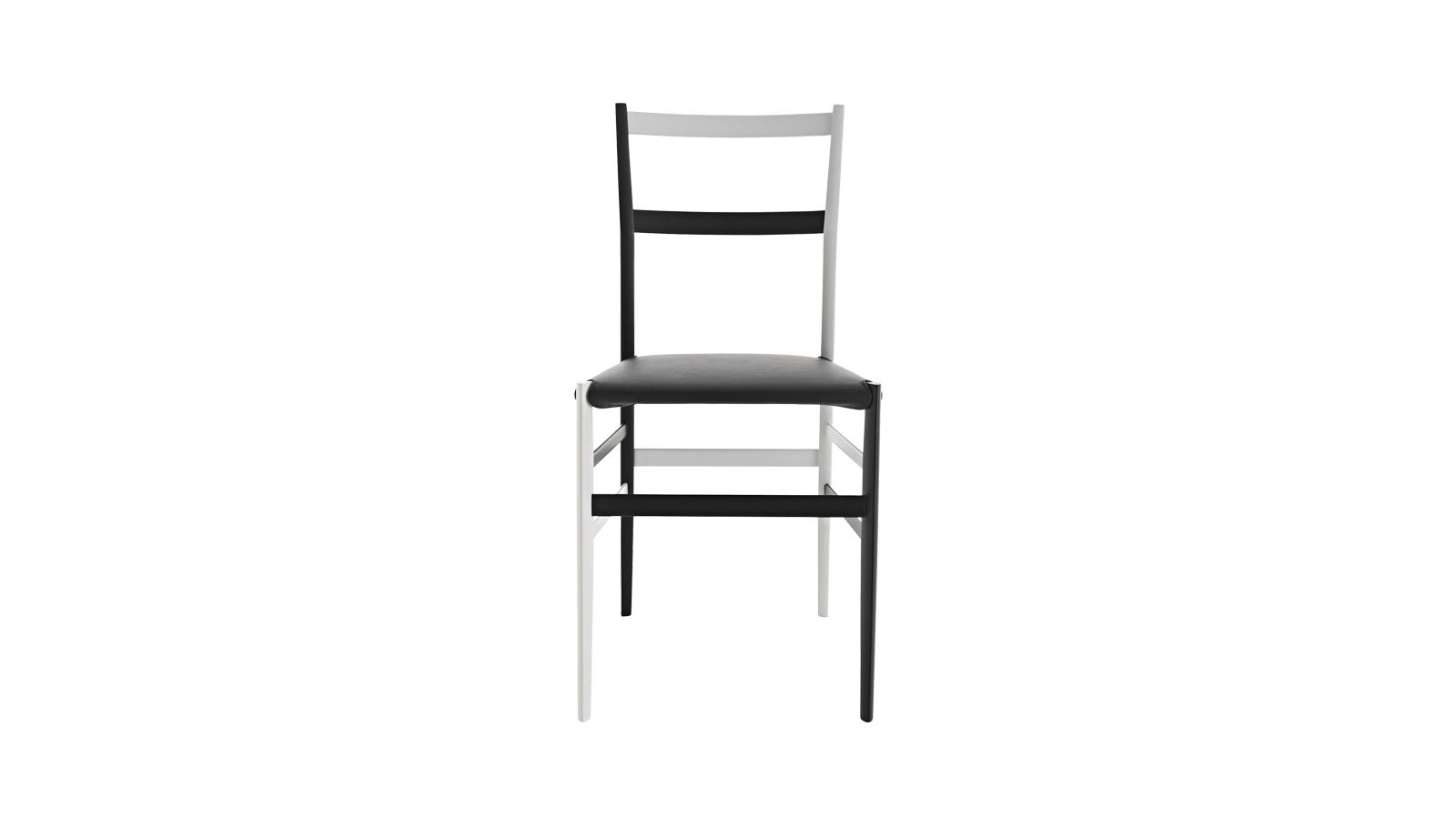 A Superleggera a tervezői kreativitás és a mérnöki megmunkálás között helyezkedik el. Ennek ellenére mindkettőben kimagasló: a művészi, légies megjelenést a gépi és kézműves technika együttműködésének hála strapabíróság szövi át. A mindössze 1700 grammot nyomó szék olyan kuriózum, melyhez százévente csak egy, ha hasonlítható.