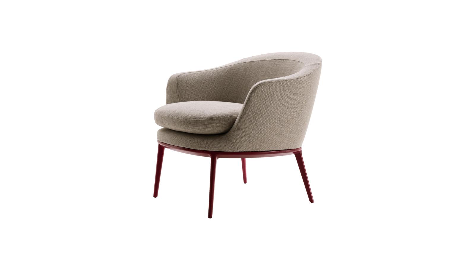 A Caratos székek a Maxalto kollekció talán legkreatívabb darabjai, melyeknek hála új szintet ért el a precíz és prémium bútortervezés. A formák és anyagok sokszínűsége miatt számos enteriőrben megállják a helyüket, ám változatosságukon túl egy dolog biztosan közös bennük: a modern alumínium lábak.