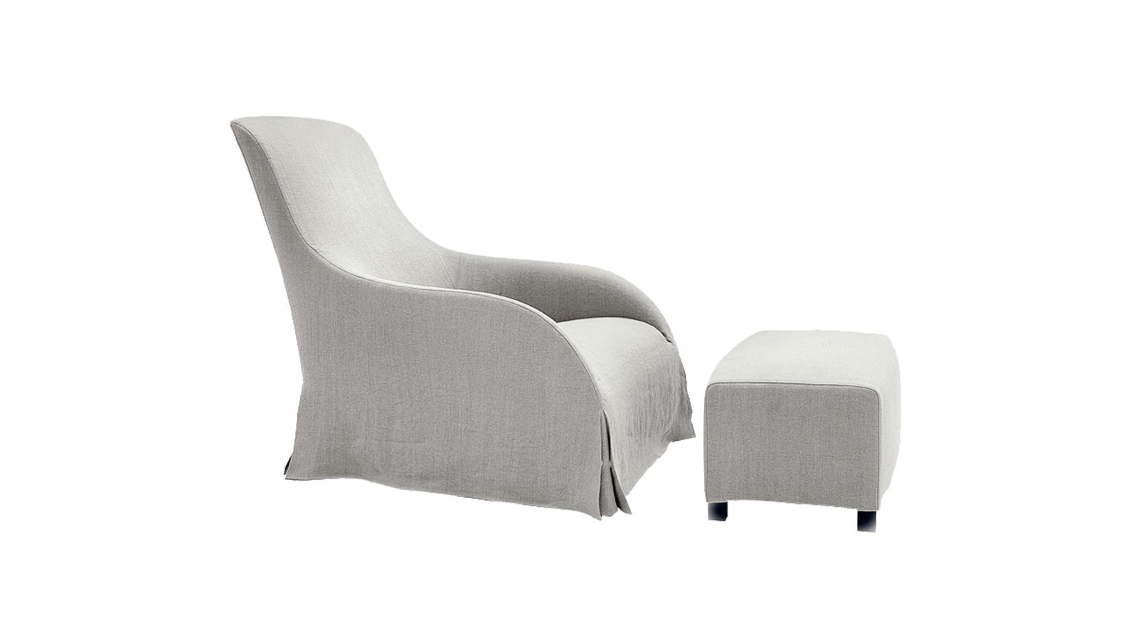 Antonio Citterio a B&B Italia Maxalto kollekciójának darabjaként tervezte a Kalos fotelt. A bútor modern interpretációja a klasszikus karosszékek esztétikájának; szövet és bőr kárpitozásban is kapható. A szerkezet rejtettsége titokzatosságot rejt: a tartószerkezet és a lábak egyáltalán nem látszanak a kárpit alól, a végeredmény így egy homogén, tökéletes egységben pompázó, végtelenül elegáns ülőalkalmatosság. Igazolja azt az igényt, amelyet a B&B Italia fogalmazott meg a Maxalto kollekcióban a modern technológia és a tradíciók keresztezésével.