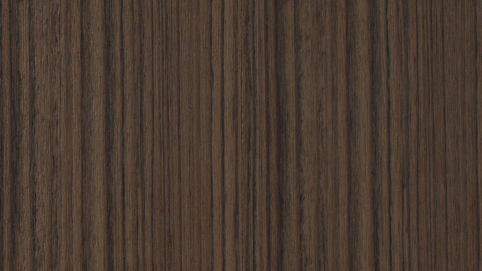A Porro számos különleges felülettel ajánlja termékeit, melyek mindegyike a legfejlettebb technológiák által vált elérhetővé. A teljes színpaletta 26 fényes és matt lakk árnyalatot, valamint 17 féle fa felületet tartalmaz, melyek variációi egyedi és különleges kombinciók elérését teszi lehetővé. A Mongoi fa például (képünkön) meleg és otthonos hatást kelt.