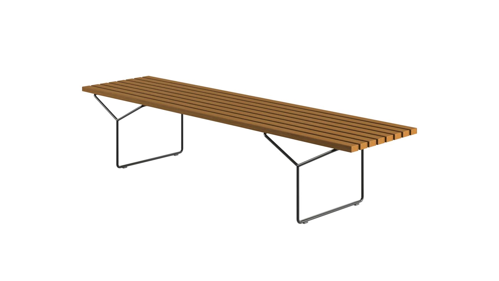 Harry Bertoia népszerű alkotása 1962 óta szerepel a Knoll kínálatában. A teakfa ülőfelület, valamint a kültéri használatra kifejlesztett, háromféle színben elérhető lábazat eme elegáns kombinációja ülőbútorként és rakodófelületként is használható, így tökéletes társunk lehet a kertben vagy teraszon töltött időben.